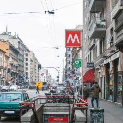 Stazione Metro Pasteur