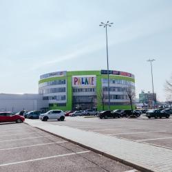 思拉特別斯基購物城(Zlate Piesky Shopping Palace), 布拉提斯拉瓦
