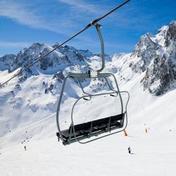 Ax-3 Domaines Ski Lift