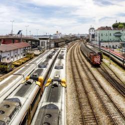 Santa Apolonia Train Station
