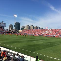 加拿大國家足球場(BMO Field)
