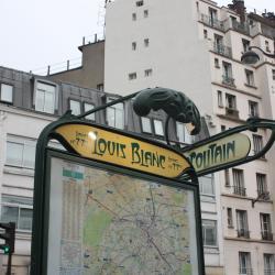Stazione della metropolitana Louis Blanc