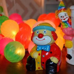 Clown Museum, Талси