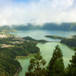 Lagoa Azul, Capelas