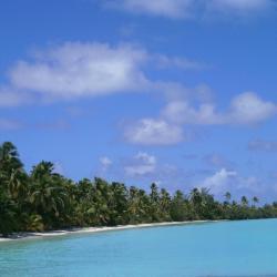 Aitutaki 6 resorts