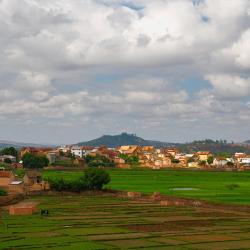 Analamanga 27 guest houses