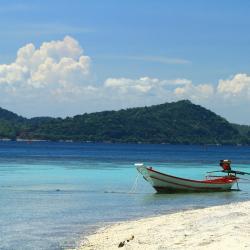 Chumphon Province 42 resorts