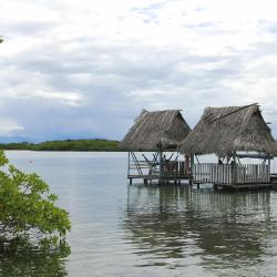 Bocas del Toro 8 resorts