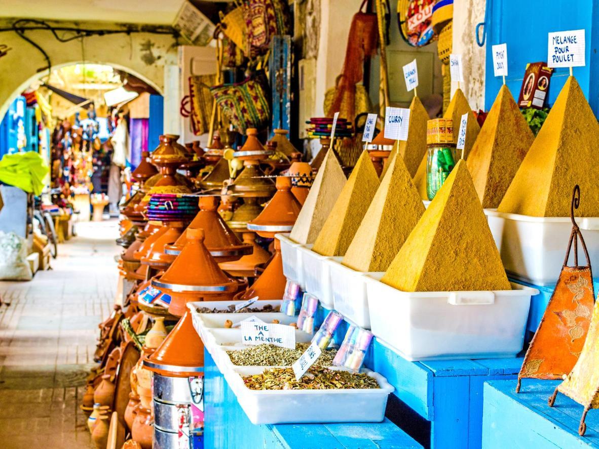 картинки для торговых марокко современная женщина, она