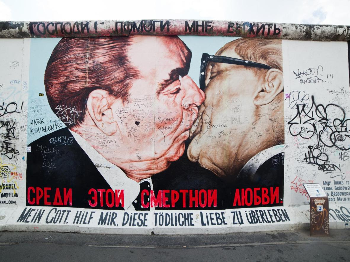 'My God, Help Me Survive This Deadly Love' at the East Side Gallery in Berlin