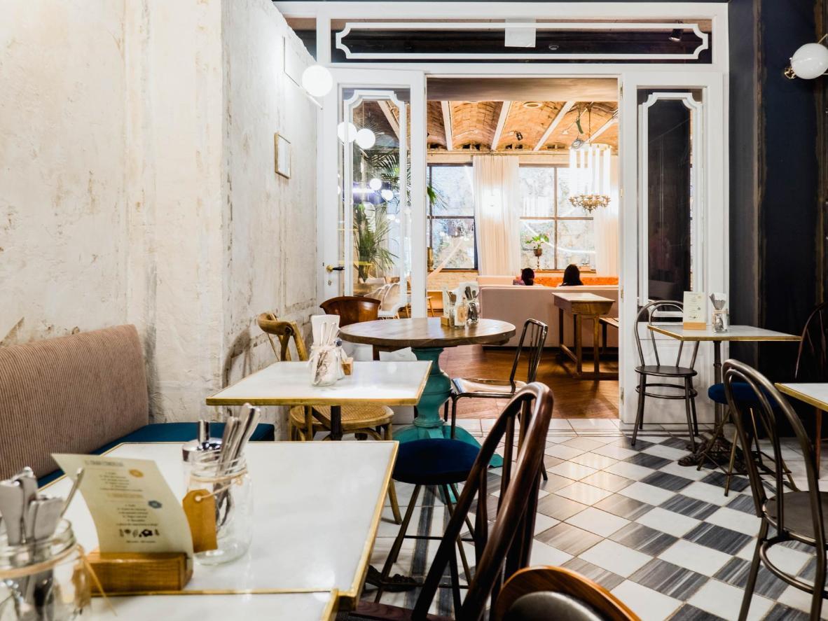 Dine at Casa Gràcia's attractive, brasserie-style restaurant