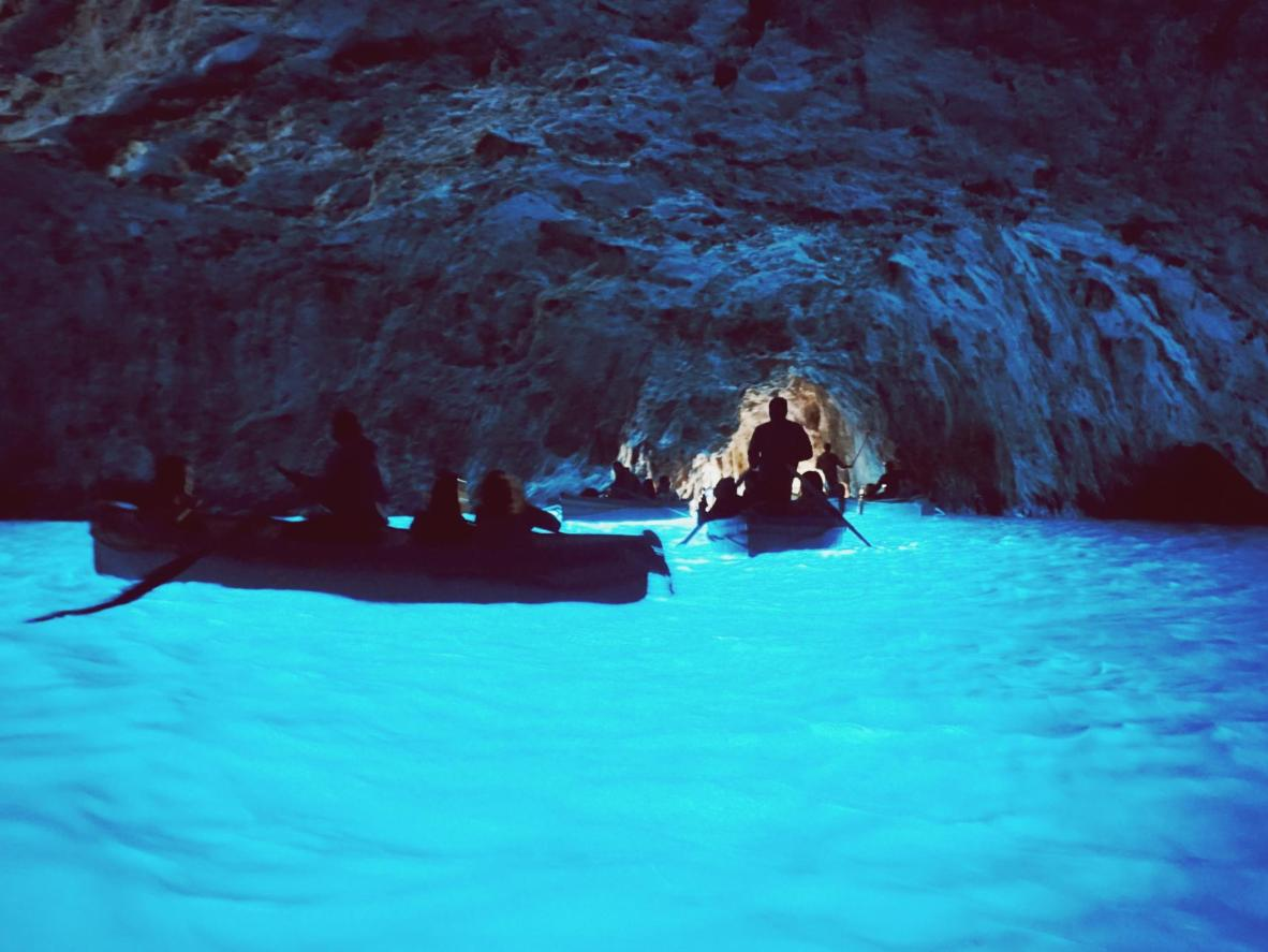 9 natural underground swimming pools | Booking.com