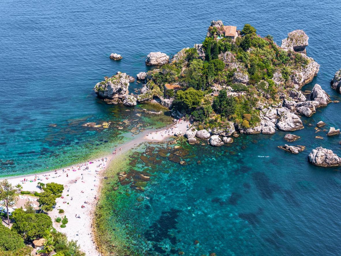 Isola Bella, un piccolo paradiso lungo la costa di Taormina