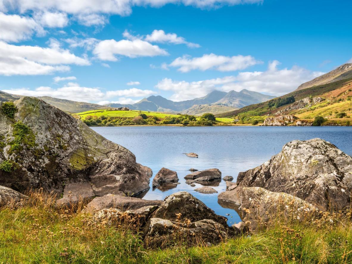 Lyln Glaslyn has a long-standing association with Arthurian legend