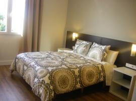 Booking.com : Hoteles en Pozuelo del Rey, España. ¡Reserva ...