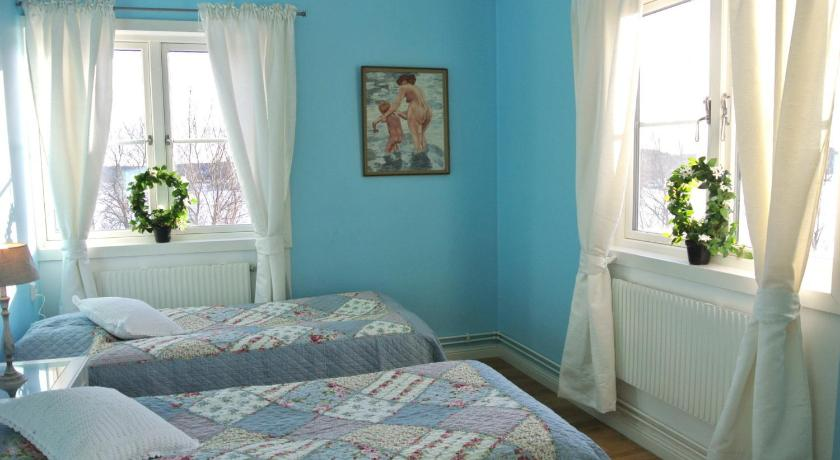 欧式别墅女生卧室青色