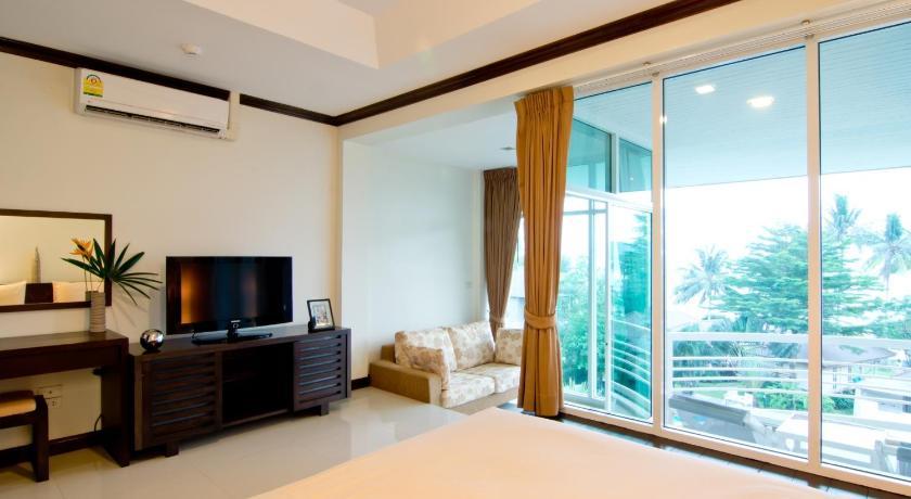 马卡塔尼度假酒店 (泰国