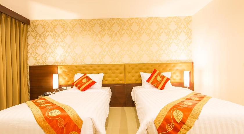 Hemingways Silk Hotel(海明威丝绸酒店)