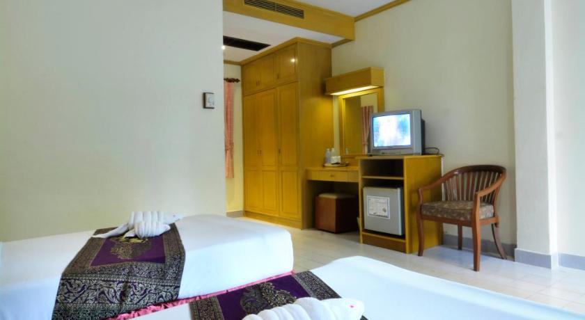 Patong Palace Hotel(芭东王府饭店)
