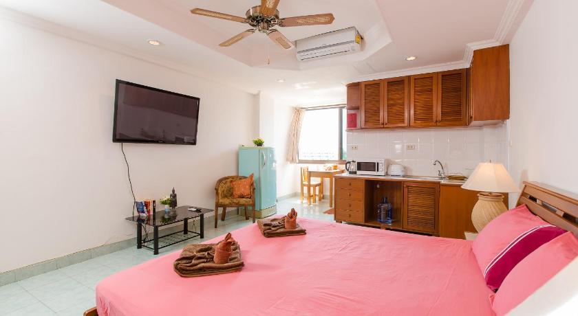 Patong Studio Apartments(巴东一室公寓)