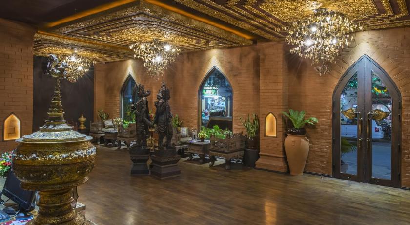 装修风格很有东南亚风味,儿子很喜欢.顶楼的餐厅能看到还不错的view.