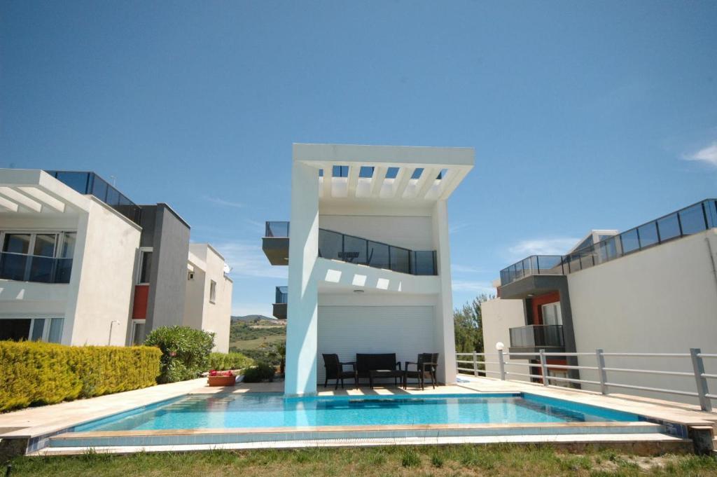 Ada Villas Villa Toscana, Soğucak, Turkey - Booking.com