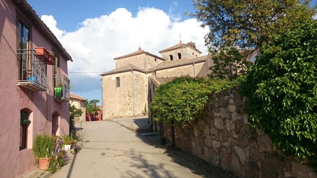 Casa de campo El Capricho del Pirón (España Losana de Pirón ...
