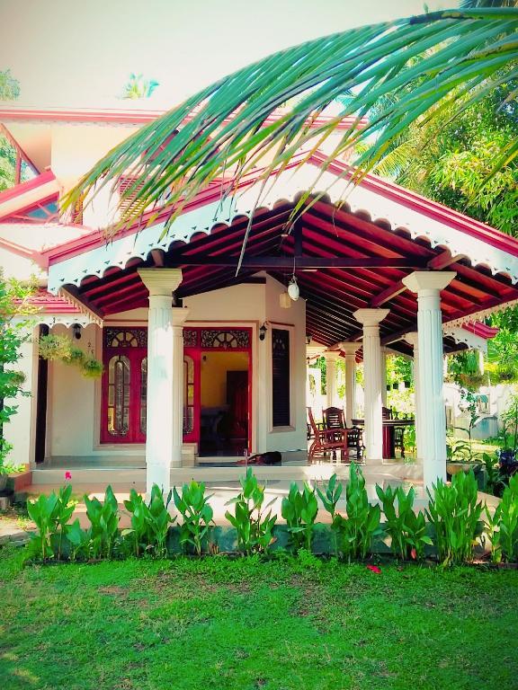 Ayubowan Resorts - Minuwangoda, Katunayaka, Sri Lanka