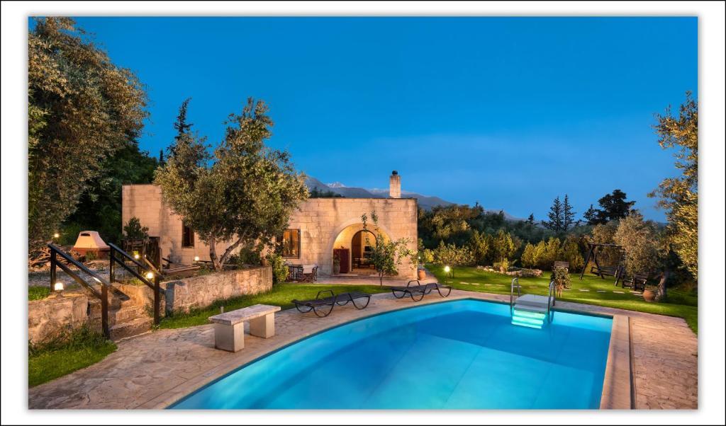 The swimming pool at or near Villa Aloni