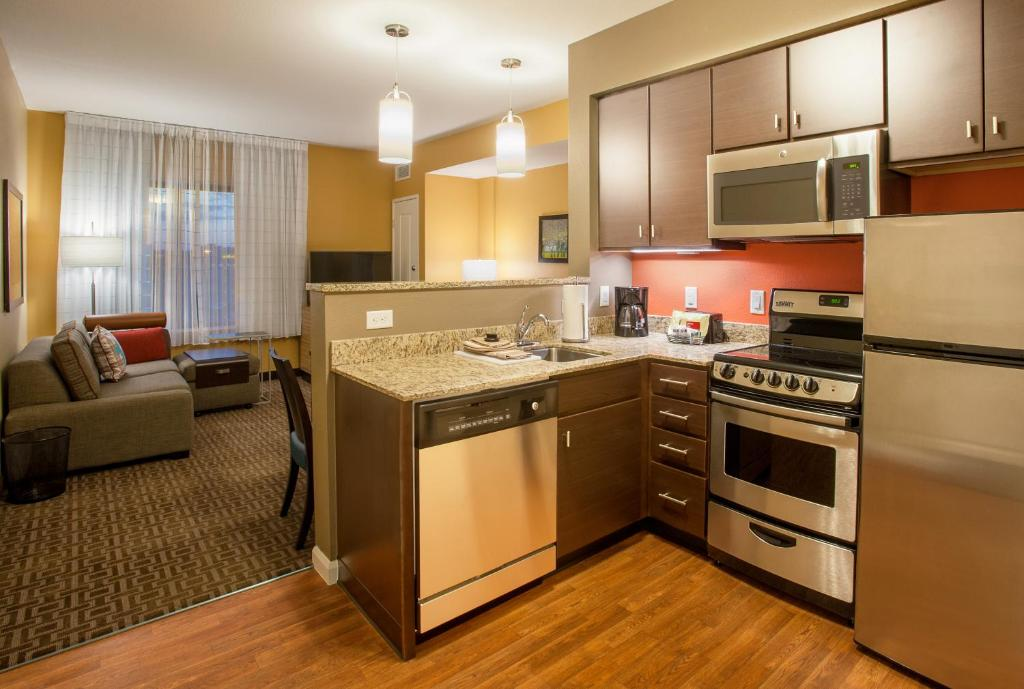 Brilliant Hotel Towneplace Suites By Marriott Bloomington Mn Download Free Architecture Designs Scobabritishbridgeorg
