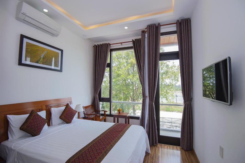 Phòng Deluxe Giường Đôi với Hướng Vườn/Ban Công