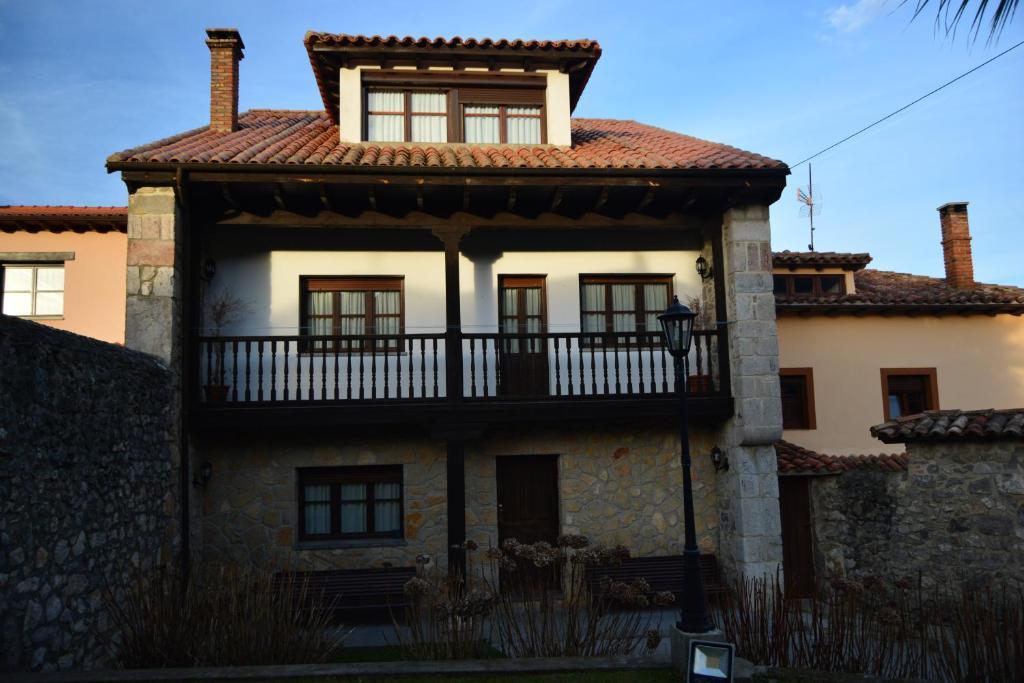 Casa de vacaciones Casa De Aldea Coxiguero (España Parres de ...