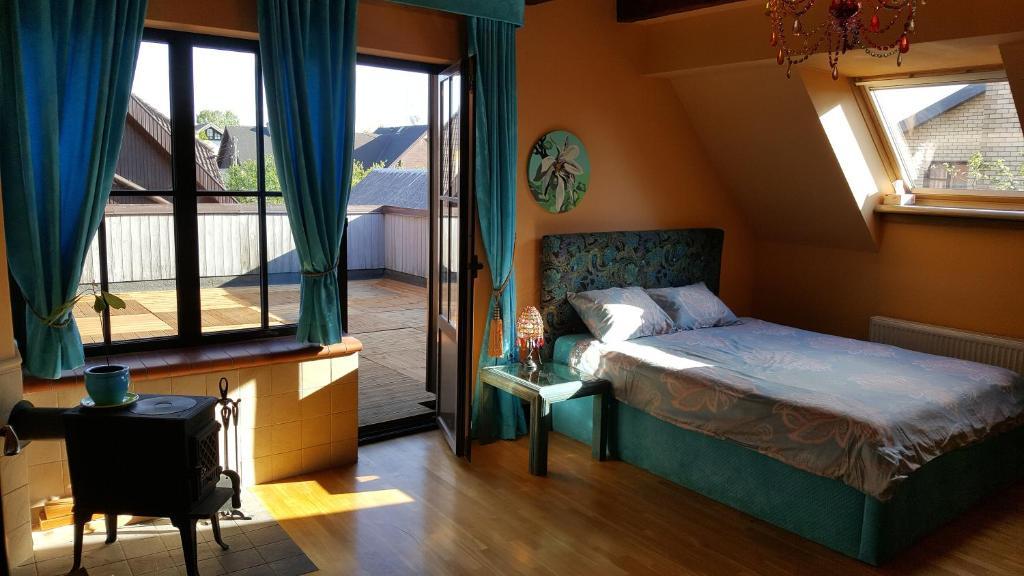 Lova arba lovos apgyvendinimo įstaigoje Peahen Residence
