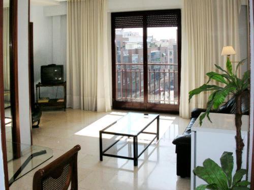 A seating area at Apartamentos Olano C.B.