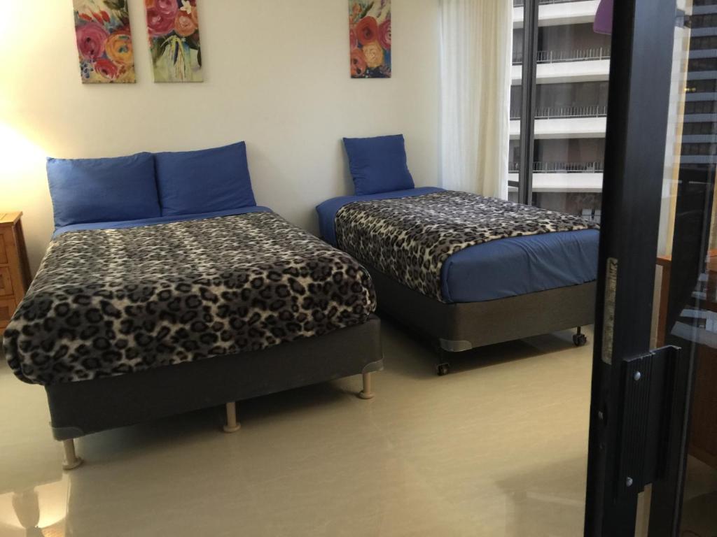 Waikiki Ala Moana 1 Bedroom Condo, Honolulu, HI - Booking.com