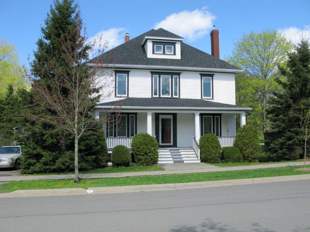 B&B / Chambres d\'hôtes Maison Blanche (Canada Saint Andrews ...