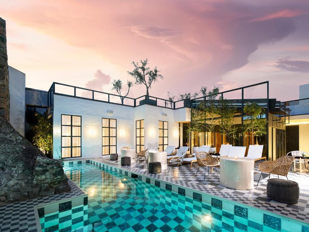 L´Ôtel at Dôce18 Concept House, San Miguel de Allende – Precios ...