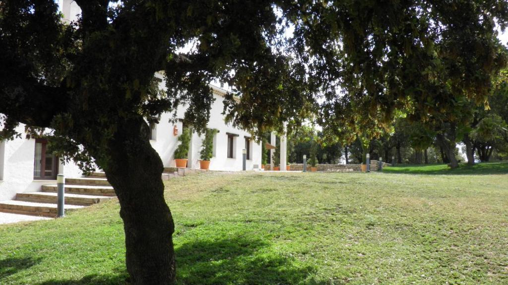 Casa de campo El Pinar de la Lobera (España La Matea ...