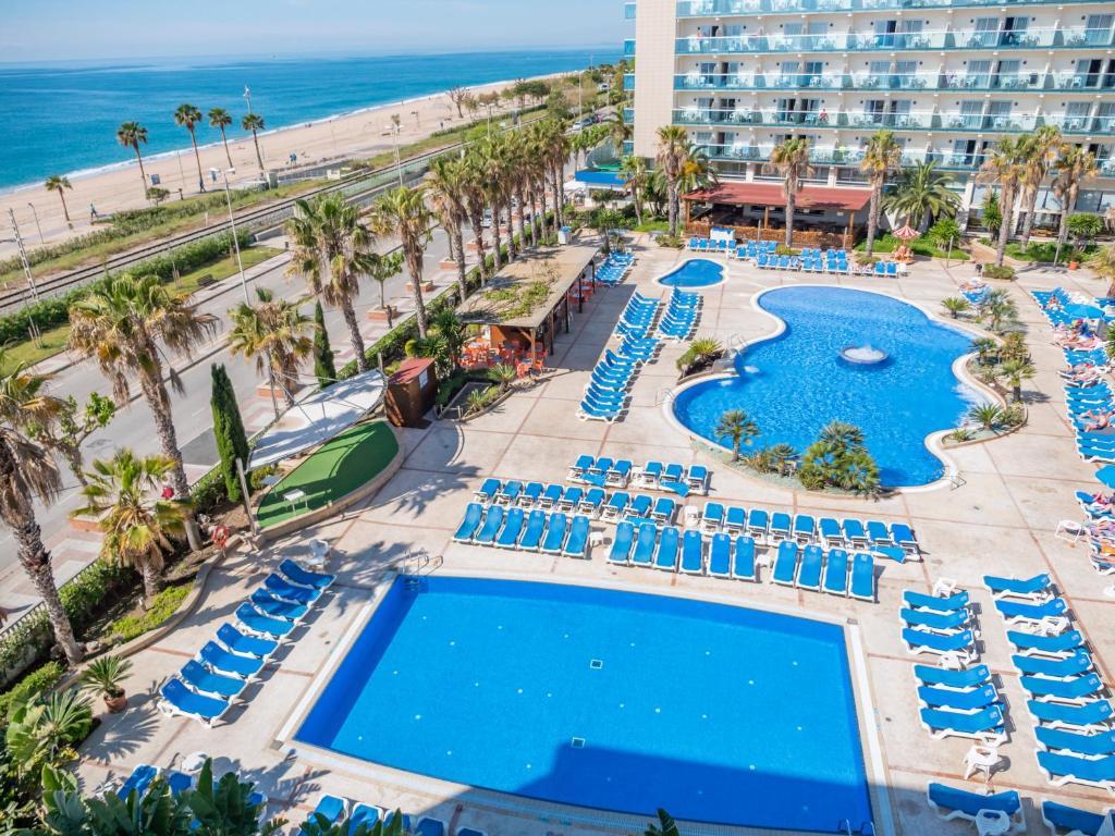 Uitzicht op het zwembad bij Golden Taurus Aquapark Resort of in de buurt