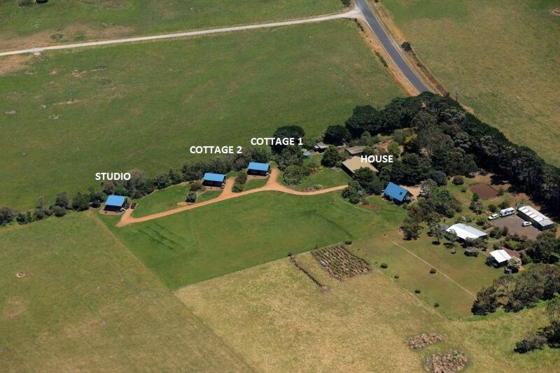A bird's-eye view of Black Cockatoo Cottages