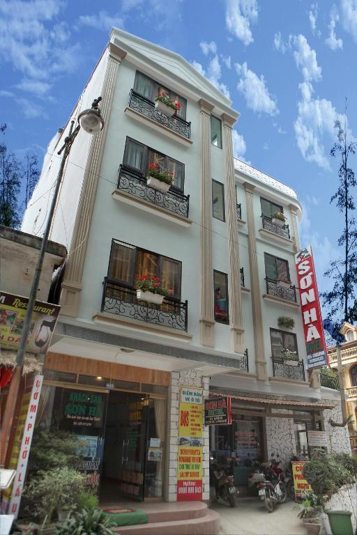 Khách sạn Sơn Hà