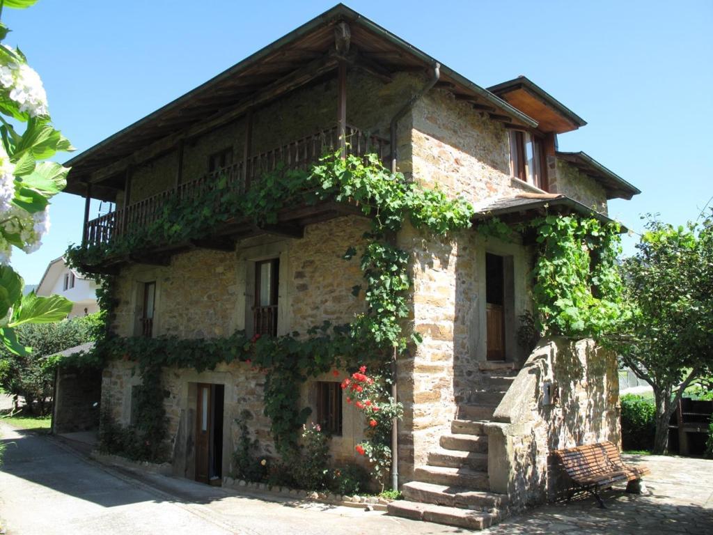 Casa de campo Casa Sergio (España Brieves) - Booking.com