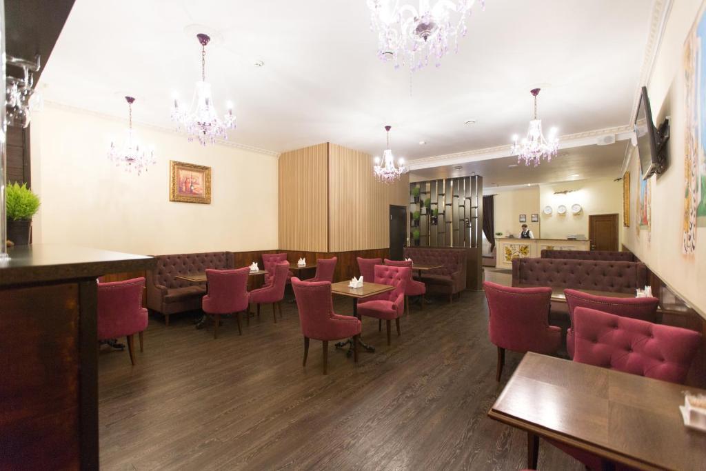 Ресторан / где поесть в Отель Матрешка