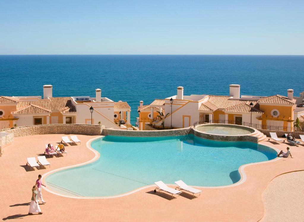 View Santo Antonio Villas (Portugal Salema) - Booking.com