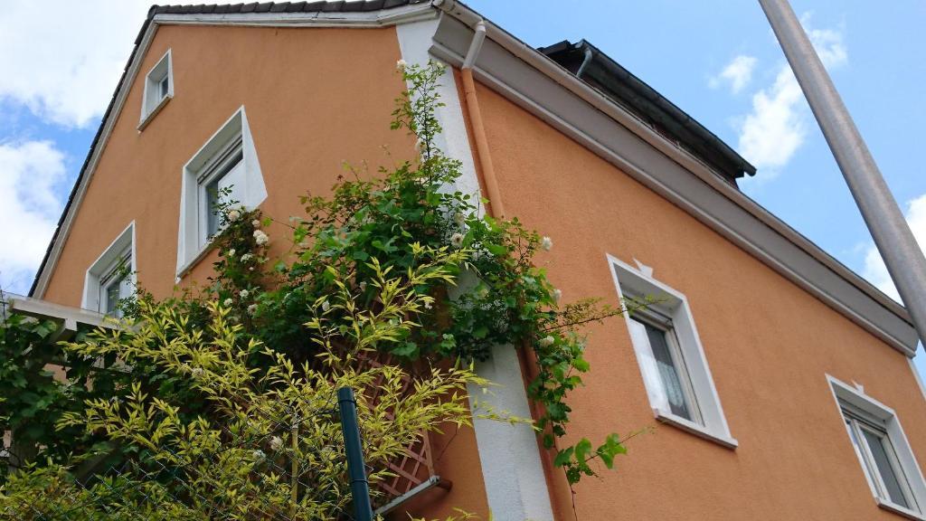 Ferienhaus Toscana im Taunus (Deutschland Weinbach ...