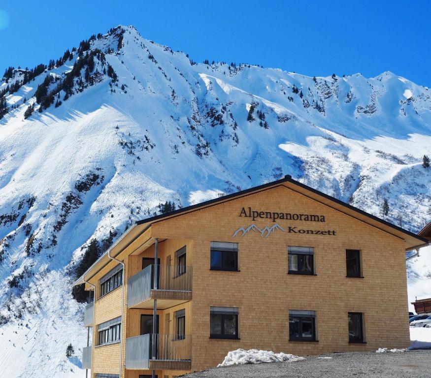Alpenpanorama Konzett Faschina, Fontanella, Vorarlberg, Österreich during the winter