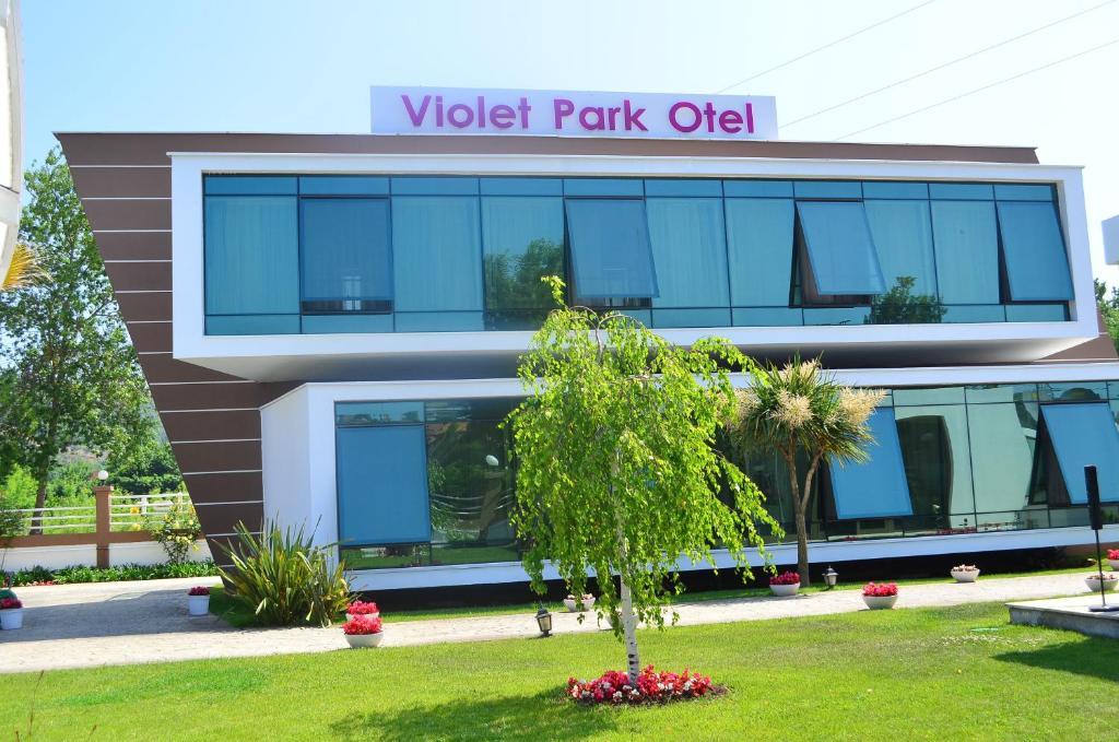 Violet Park Hotel