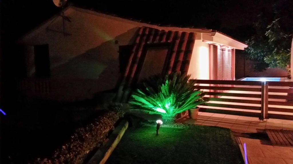 Casa de vacaciones Casa Mar y Piscina (solo familias ...