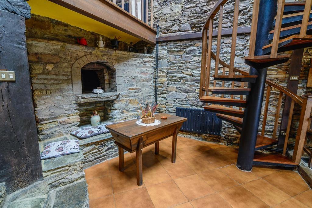 Apartamentos Casa de Riba, Teijeira – Precios actualizados 2019