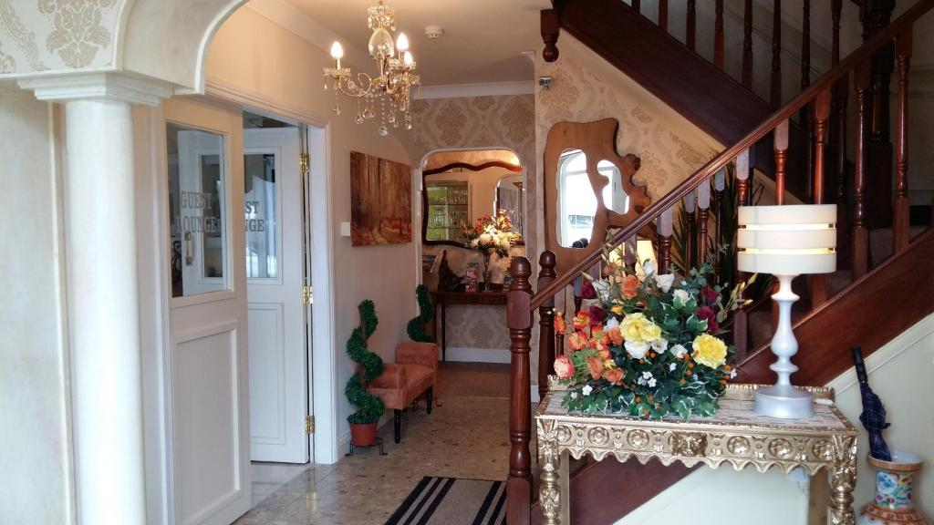 Guests staying at Abacus Guesthouse